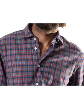 Camisa Patch. Modelo 102558. Color rojo